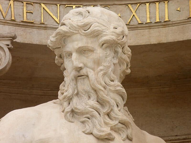 dieu de la fontaine de trevi