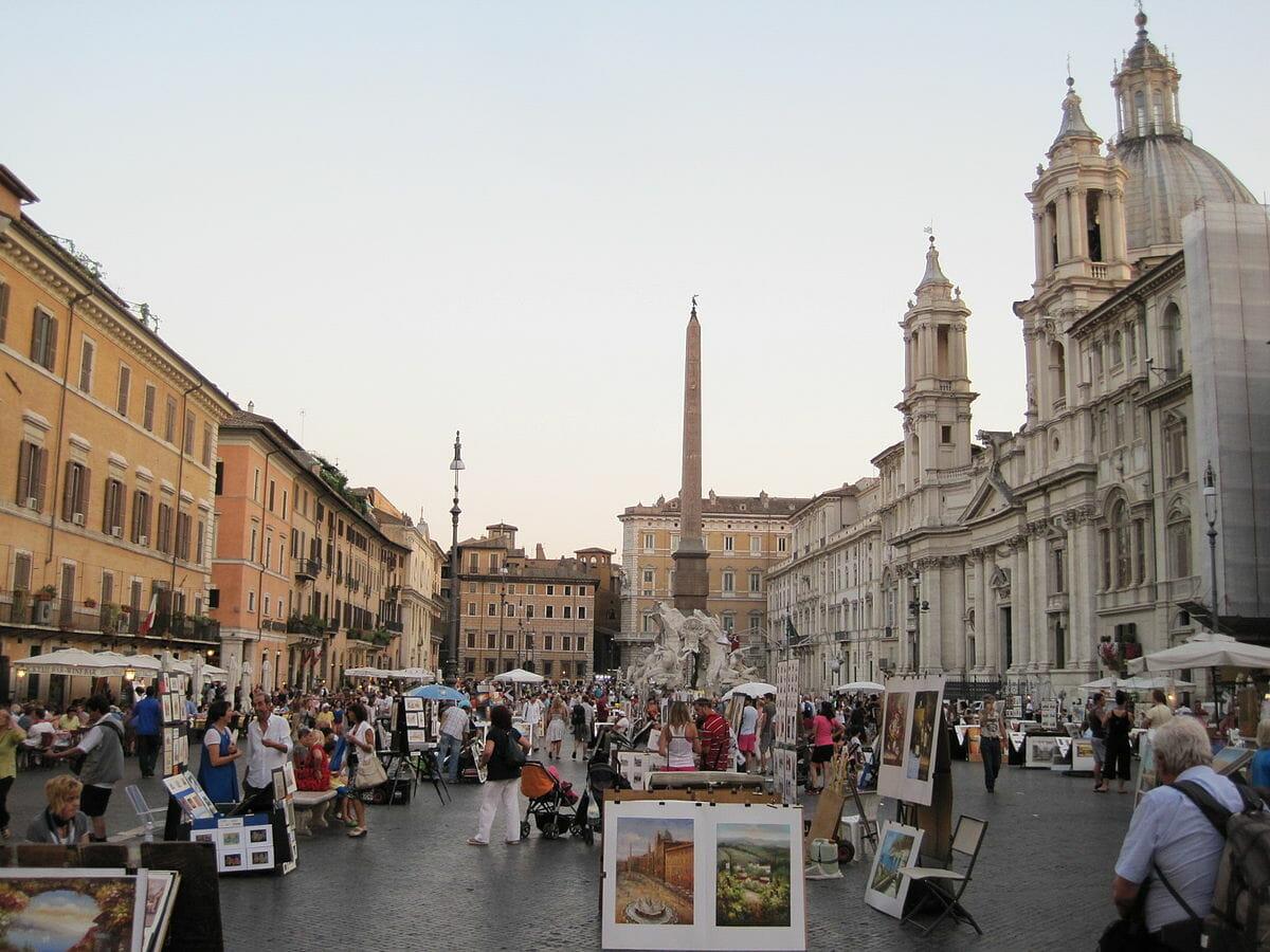 piazza navona rome artistes touristes