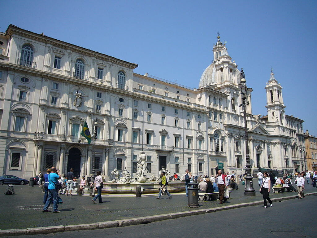 visite piazza navona eglise sainte agnes en agone