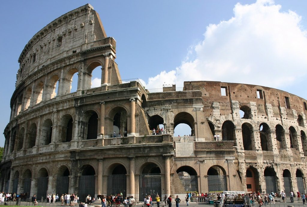 visiter colisee rome vue exterieure