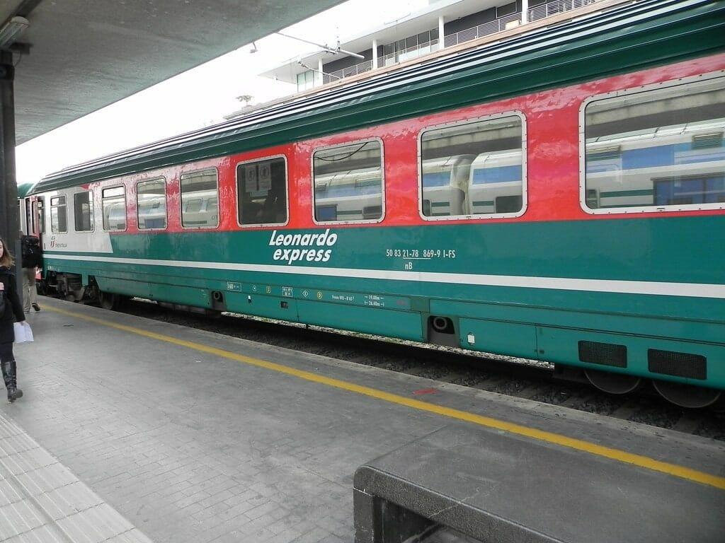leonardo express transport rome
