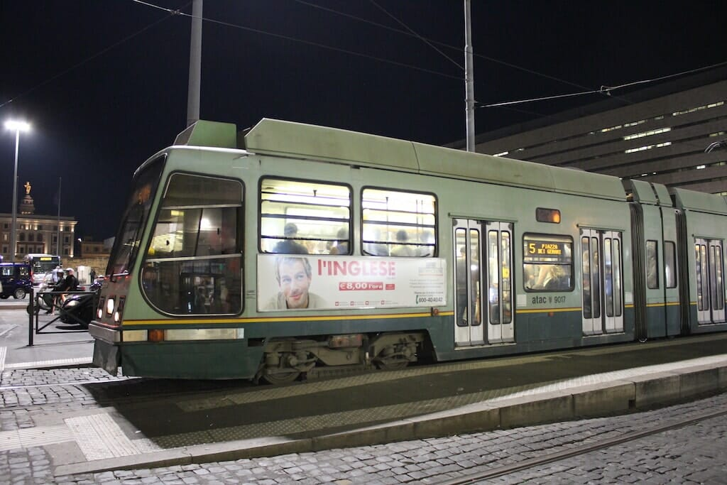 tram transport rome